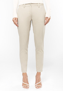 Ladies' above-the-ankle trousers