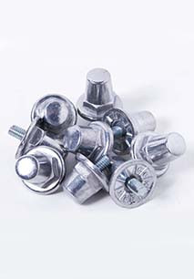Pack of 100 hexagonal aluminium studs