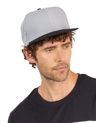 Micro-perforated Snapback cap - 5 panels