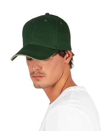 Cap with contrasting sandwich peak - 6 panels