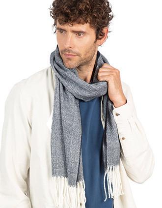 Fringed scarf